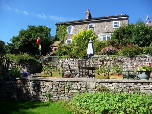 Pensford B&B with Pub and Church